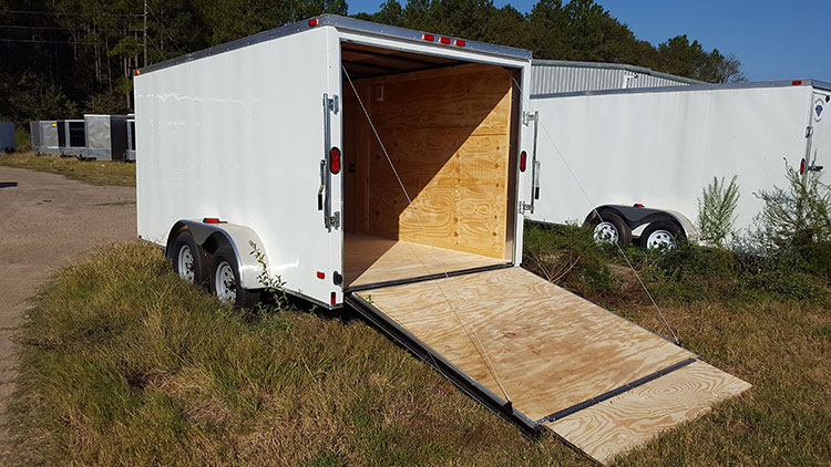 7' x 18' V Nose Tandem Axle Diamond Cargo Trailer